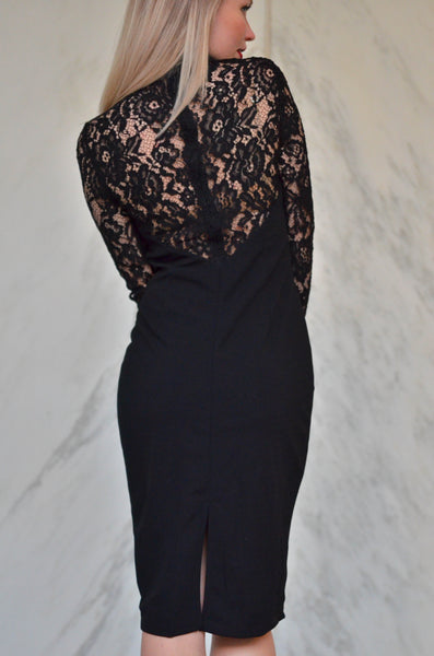 SULTRY SNAPDRAGON LACE DRESS