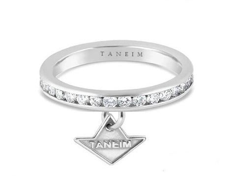 18 K WHITE GOLD DIAMOND STAR BAND