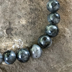 Blue Labradorite 8mm Bracelet close up