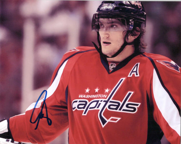 Alex Ovechkin Signed Autographed Glossy 8x10 Photo Washington Capitals - COA Matching Holograms