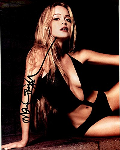 Marisa Coughlan Signed Autographed Glossy 8x10 Photo - COA Matching Holograms