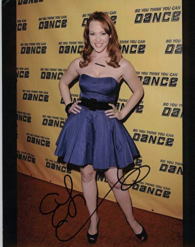 Erin Cummings Signed Autographed Glossy 8x10 Photo - COA Matching Holograms
