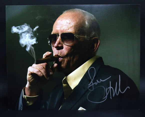 Peter Weller Signed Autographed Glossy 11x14 Photo - COA Matching Holograms