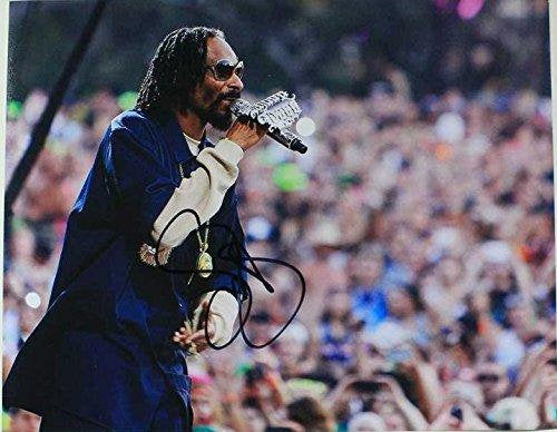 Snoop Dogg Signed Autographed Glossy 11x14 Photo - COA Matching Holograms