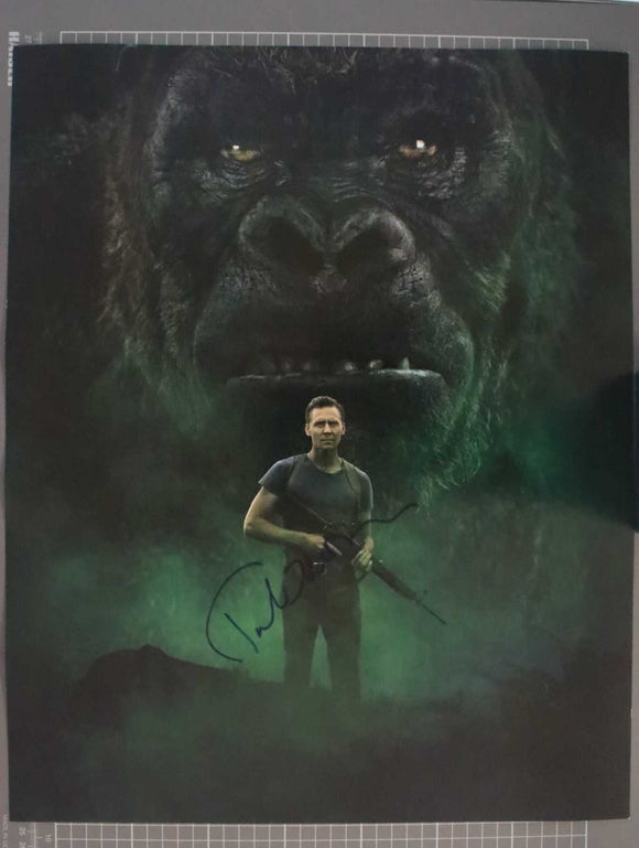 Tom Hiddleston Signed Autographed