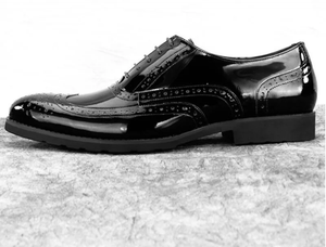 www.mensswaggerapparel.com Quick shipping low prices men's boots & dress shoes. Brogue Patent Leather Carved Formal Dress Shoes