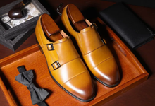 www.mensswaggerapparel.com Quick shipping low prices men's boots & dress shoes England Style Square Toes Genuine Leather Buckle Strap Dress Shoes Men Three Color Handmade Shoes