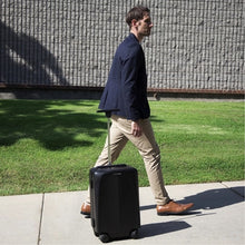 www.mensswaggerapparel.com Quick shipping low prices men's Gifts & Gadgets Automatically follow smart suitcase suitcases for men and women simple fashion universal wheel luggage student trolley case