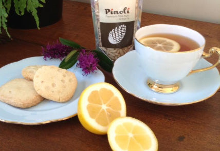 Pinoli pine nut biscuits