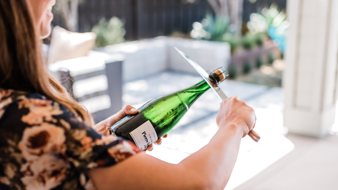 how to saber a bottle of champagne