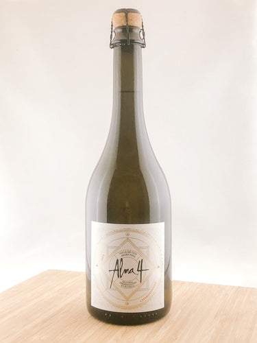 Alma 4 champagne club, champagne gift, unique gift ideas, wine delivery, wine subscription