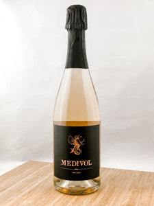 Medivol Cremant | Part of our champagne club. Champagne and sparkling wine delivery to your doorstep