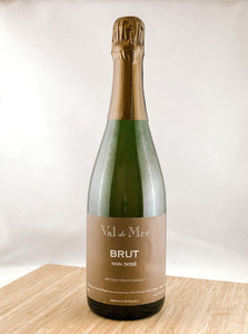 Val de Mer Cremant, part of our monthly champagne club, wine delivery, unique gift ideas, send bubbles gifts