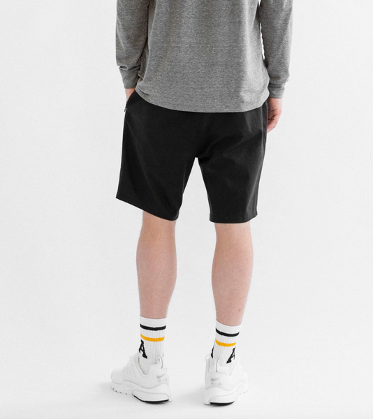 GOLF SHORT - BLACK