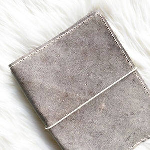Moonstone/Marbled Moonstone Traveler's Notebook