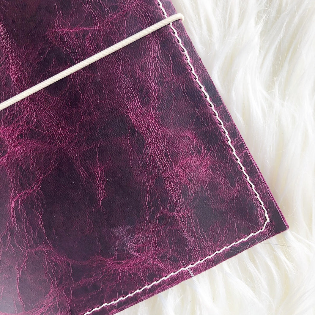 Garnet/Marbled Garnet Traveler's Notebook