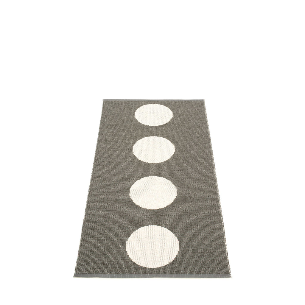 "Pappelina Outdoor/Indoor Rug - Vera Charcoal (70cm x 150cm) or (27.6"" x 59.1"")"
