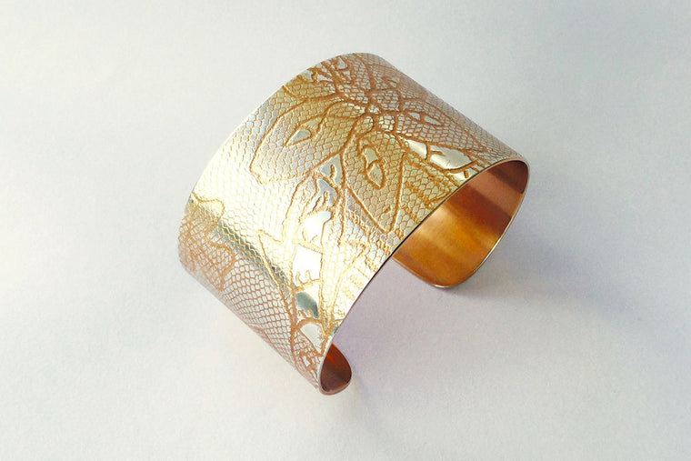 4cm Carrickmacross Lace Cuff - rose gold/silver