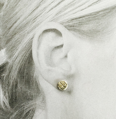 Disc Stud Earring, Filet Lace - silver