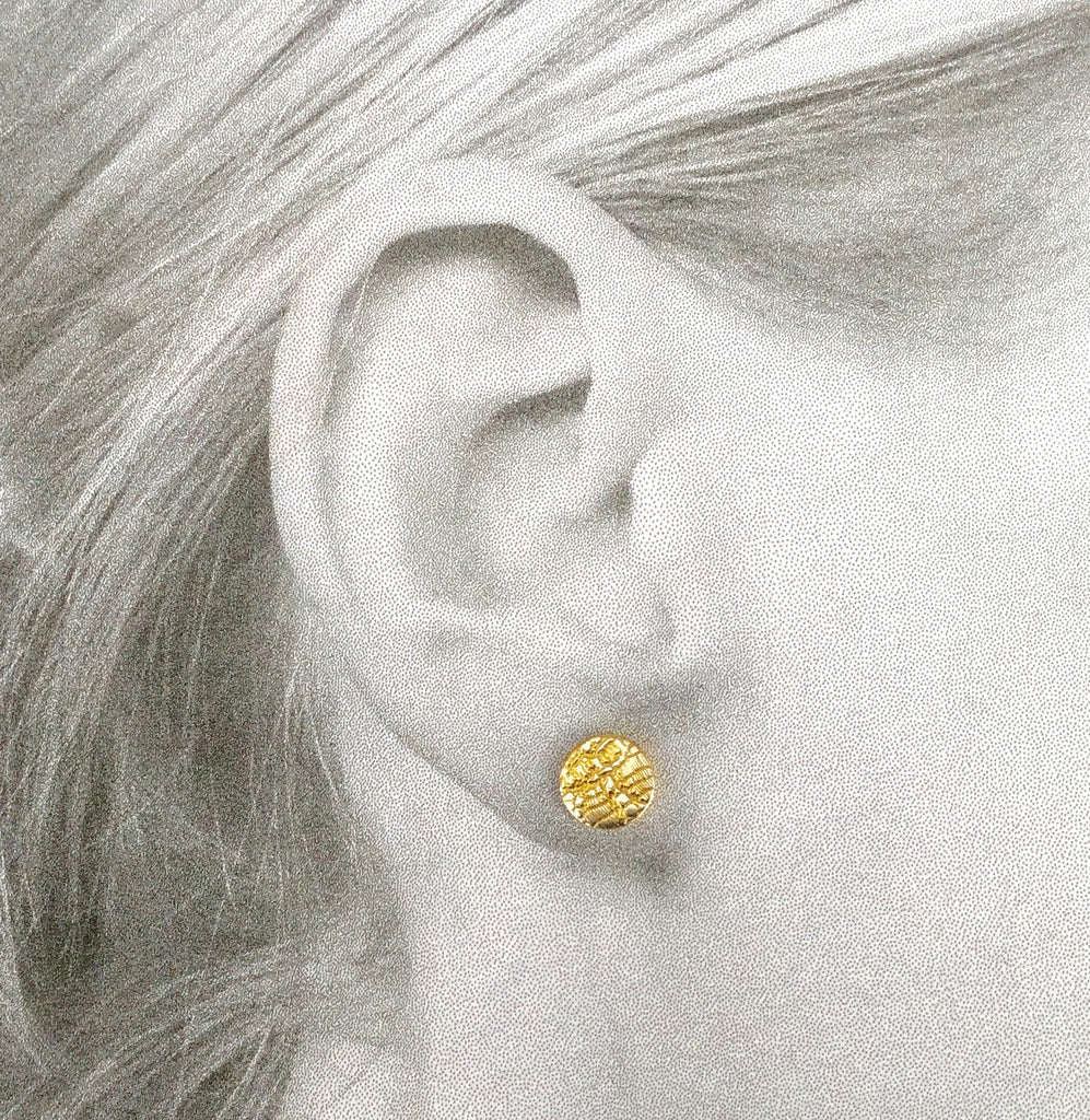 Disc Stud Earring, Chantilly Lace - gold/silver
