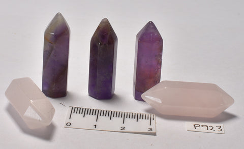 3 AMETHYST POINTS AND 2 ROSE QUARTZ DOUBLE POINTS 3 CM P923