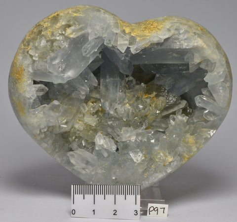 CELESTITE CRYSTAL CLUSTER HEART, Madagascar 850 grams P97