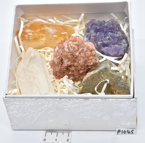 5 x MINERAL ROCKS CRYSTAL COLLECTION P1045