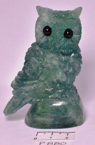 FLUORITE CRYSTAL OWL CARVING 8 cm P880