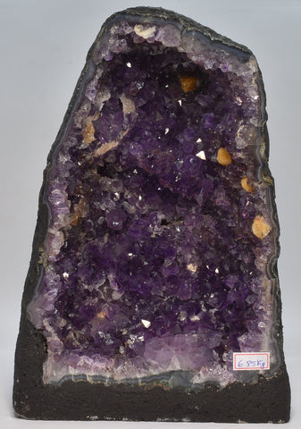 AMETHYST CRYSTAL CAVE, 6.85 kilos FROM BRAZIL C6