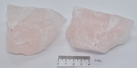 2 x ROSE QUARTZ IN NATURAL FORM 490 grams, Madagascar P542