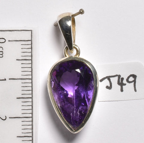 AMETHYST FACETED CRYSTAL PENDANT 3 CM (J49)
