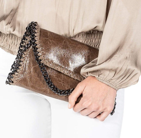 MANDY COGNAC CHAIN SHOULDER BAG