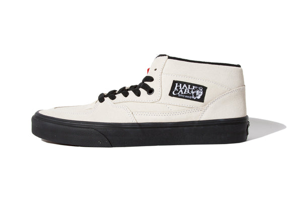 "Vans ""HALF CAB (BLACK OUTSOLE)""(White)"