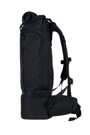 WAYKS Travel Backpack Black Side View