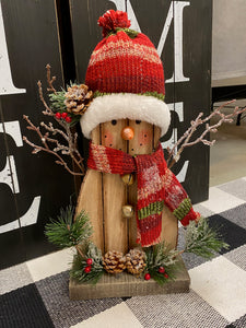 Rustic Christmas Character Decor