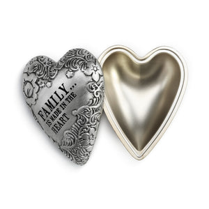 "DEMDACO Art Heart Keeper - 4cm/1.5"" Family"