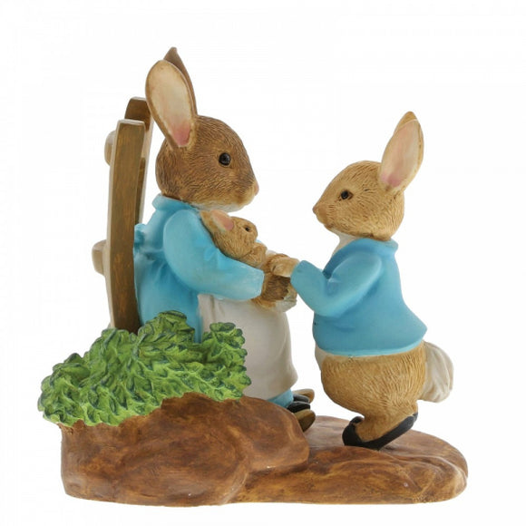 Beatrix Potter Mini Figurine  At Home by the Fire with Mummy Rabbit