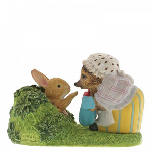 Beatrix Potter Mini Figurine  Winkle Returning Peter's Laundered Jacket