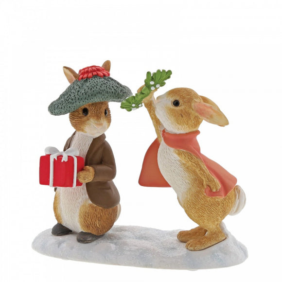 Beatrix Potter Winter - Flopsy and Benjamin Bunny Under the Misteltoe Figurine