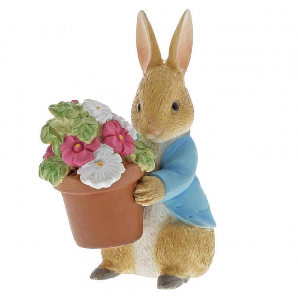 Beatrix Potter Mini Figurine Peter Rabbit Brings Flowers
