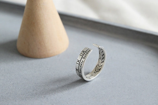 Retro Roman Numerals Ring