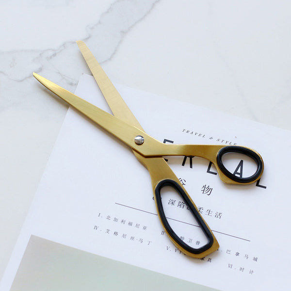 Luxury and Stylish Golden Scissors