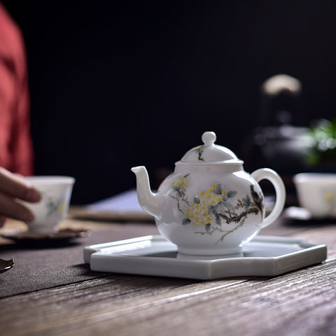 Jingdezhen ceramic hand-painted flowers and birds teapot cups Xi Shang Mei Shao tea set ball hole small teapot