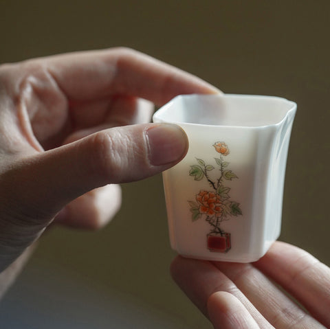 On-glazed Cup Ceramic Master Cup Small Teacup Tasting Cup Kung Fu Tea Set Jingdezhen Teaware