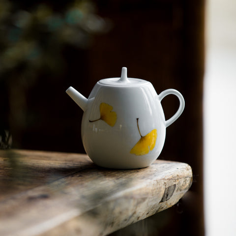 White porcelain hand painted teapot gaiwan teacup handmade ceramic ginkgo leaf teapot household small pot with filter tea maker tea set