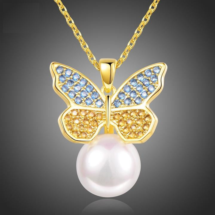 Sparkling Butterfly On Pearl Necklaces