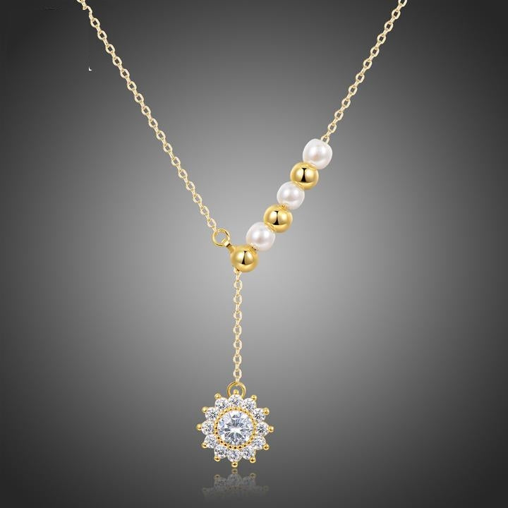 Exquisite Sunflower Pendant With Gold Color Beads and Pearl