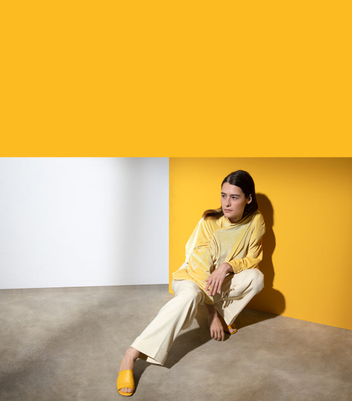 Lea mules in yellow lambskin