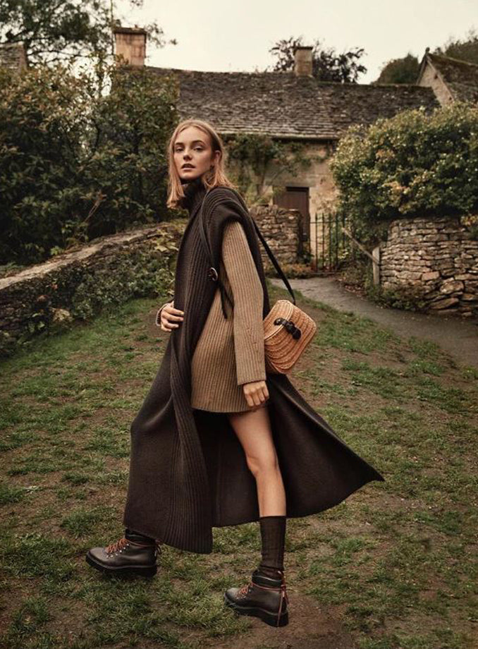 Telva Spain, November 2018, featuring the Celina boots of the Fall - Winter 2018 Clergerie collection