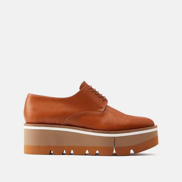 DERBIES BRADIE, CAMEL